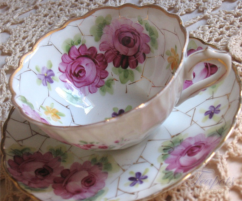 Vintage Hand Painted Tea Cup & Saucer